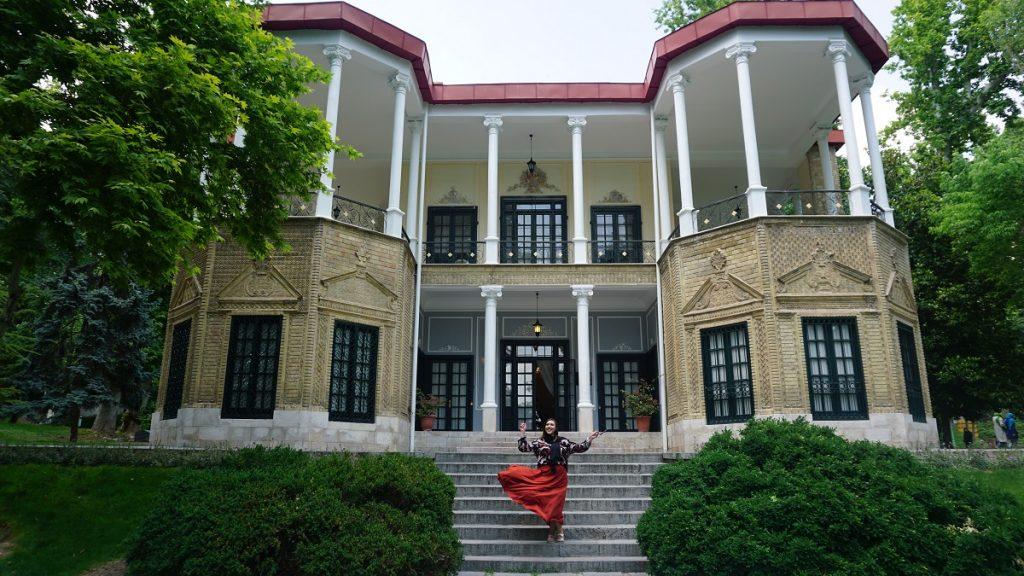 Tahran gezi rehberi niavaran sarayı