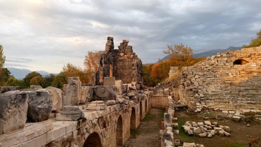 seydikemer gezilecek yerler tlos antik kenti