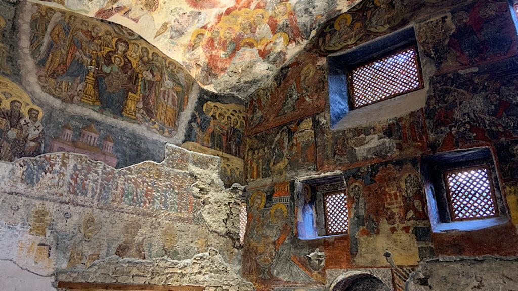 trabzon sumela manastırının içi