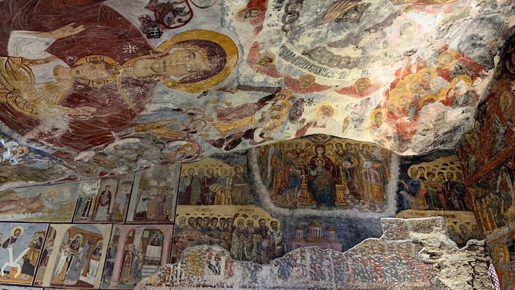 sümela manastırı ana kaya kilisesi