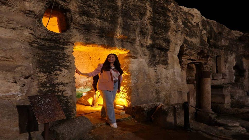 şanlıurfa merkezde gezilecek yerler kızılkoyun mağaraları