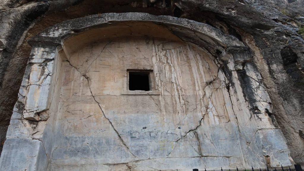 amasya aynalı mağara