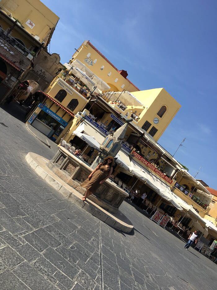 Rodos adası Hipokrat Meydanı